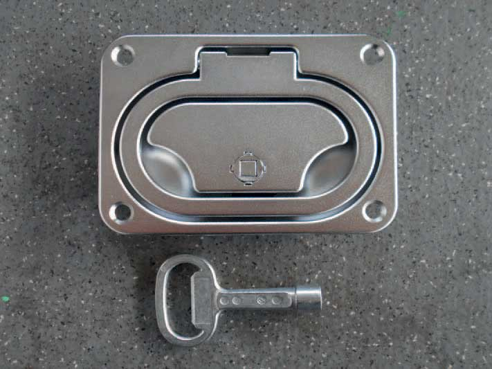 Handle with key (manual ramp)