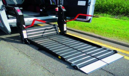 aCLASS™ Inboard Lift